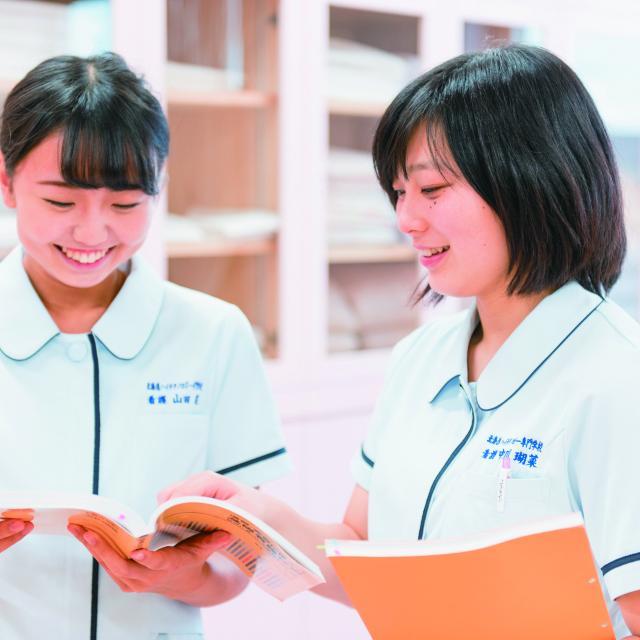 北海道ハイテクノロジー専門学校 在校生が一人ひとりをサポート!看護師本格体験!2