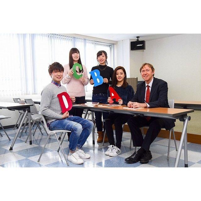 大阪外語専門学校 海外留学フェア1