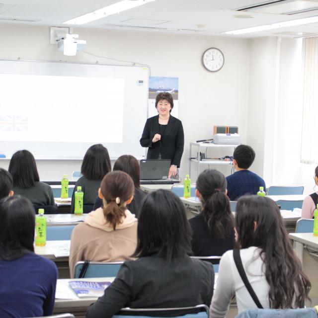 成田航空ビジネス専門学校 学校説明会1