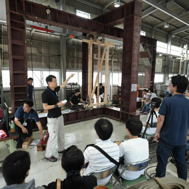 日本工業大学 自分に合った学部学科・コースを探そう!1