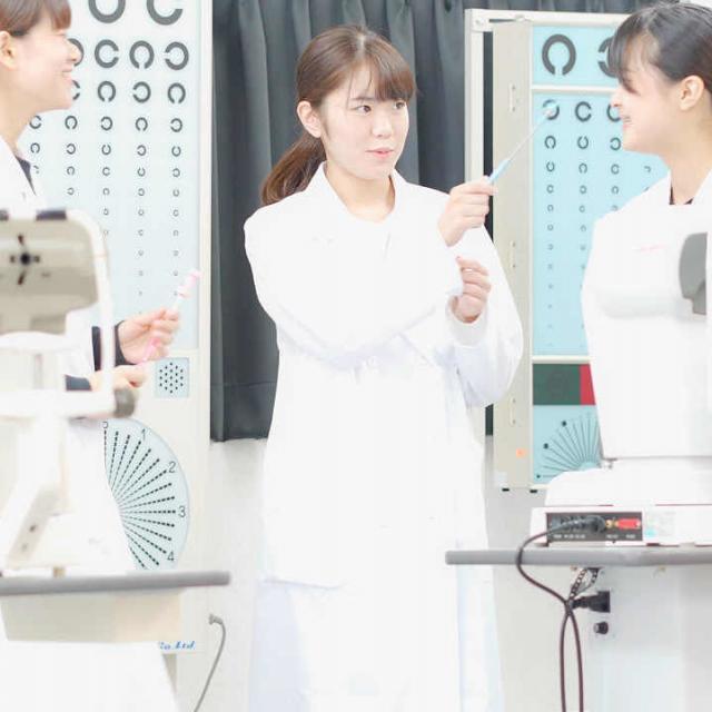 浦和専門学校 視能科実習体験セミナー3