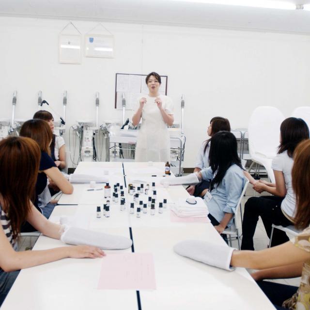 タカラ美容専門学校 選べる美容体験☆タカラDAY4