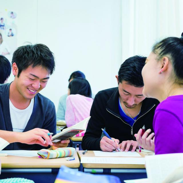 HIUC大阪【高3対象】奨学金で海外大学進学!