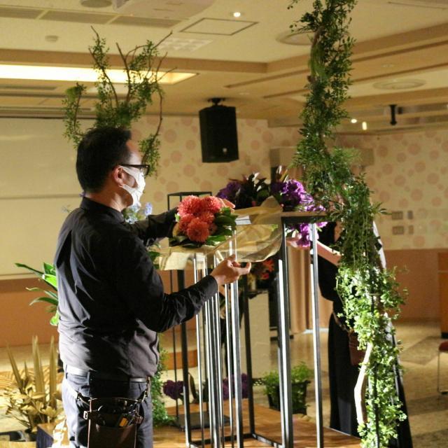 専門学校名古屋ウェディング&フラワー・ビューティ学院 フラワーDay【お花を使ってブライダルヘアアレンジ】2