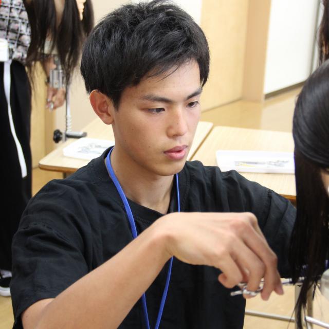 九州美容専門学校 在校生と先生の距離が魅力的!?九美のオープンキャンパス!3
