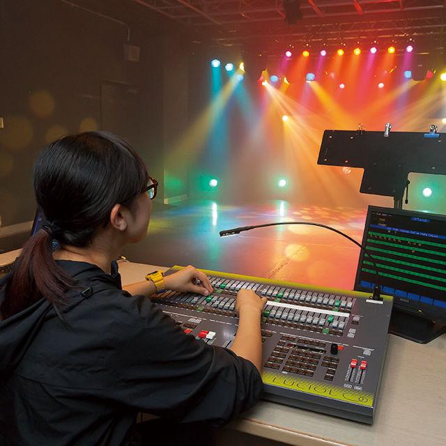 東放学園専門学校 照明クリエイティブ科の体験入学「光を操ってみよう!」1