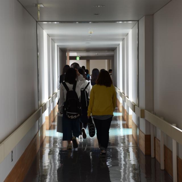千葉市青葉看護専門学校 学校見学2