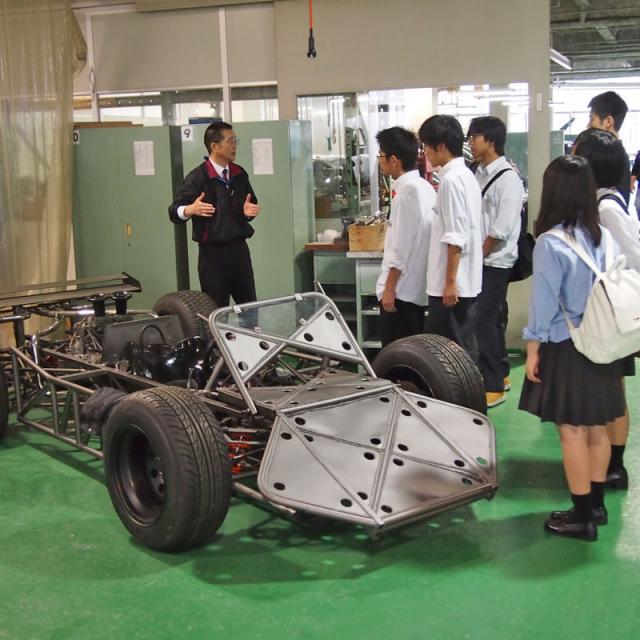 金沢科学技術大学校 【自動車工学科】キストなら2年で2級自動車整備士!2