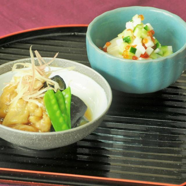 沖縄調理師専門学校 だしが香る、美味しい煮物にチャレンジ! 調理実習体験2