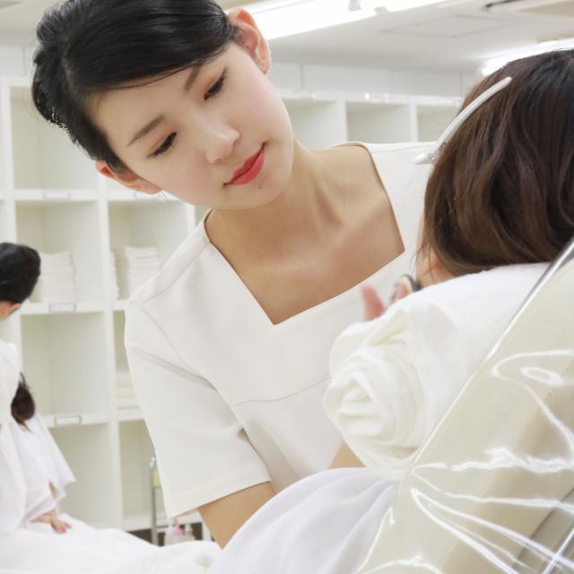 YIC京都ビューティ専門学校 肌診断付きフェイシャルエステ体験4