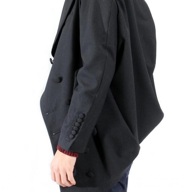 香蘭ファッションデザイン専門学校 【テクニカル科】作るアイテムは毎回変更!おしゃれな服作り体験2