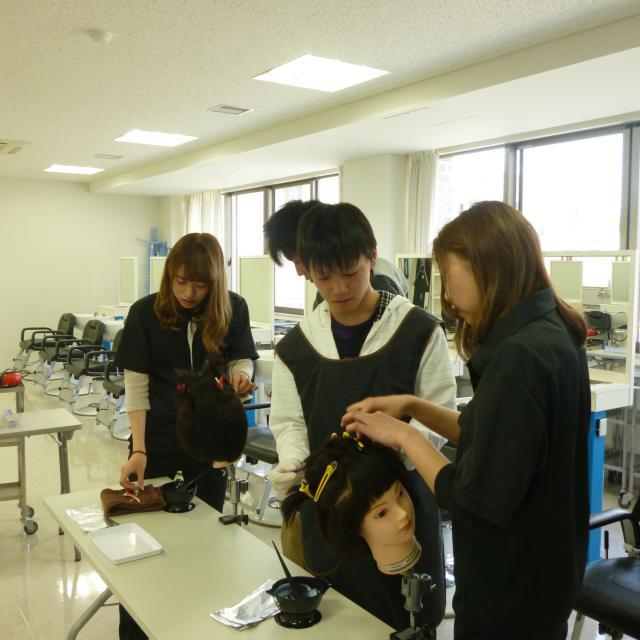 松本理容美容専門学校 夏本番!マツビでキレイ体験しよう!1