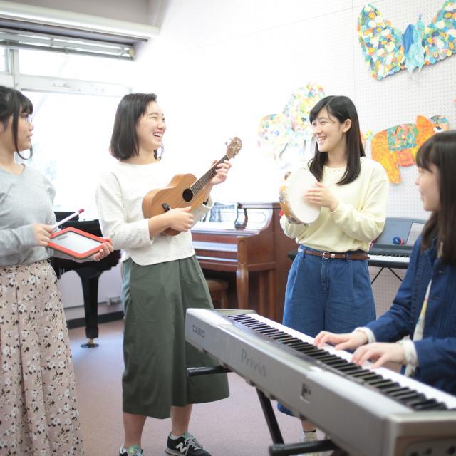 新渡戸文化短期大学 ★こどもたちの成長を支える仕事『保育士』を体験しよう★3
