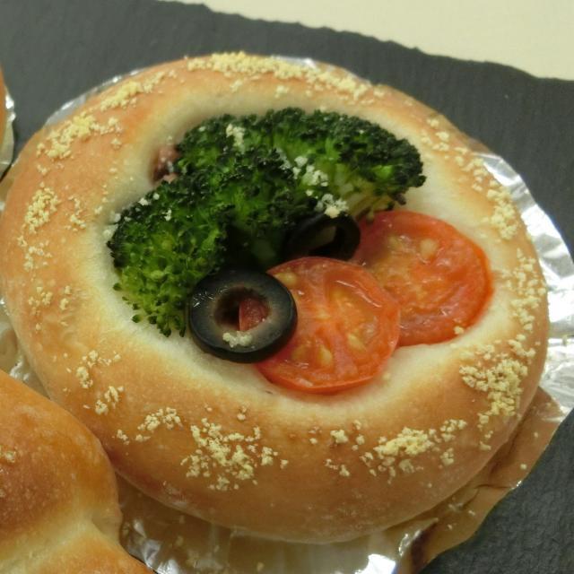 ≪製菓衛生師科≫デリカブレッド(パン)を作ろう♪