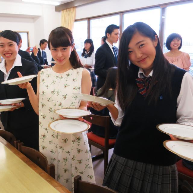 ☆体験入学☆料飲サービス授業編☆