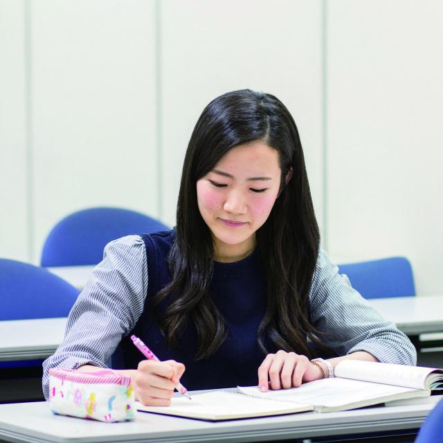 HIUC大阪【高3対象】幼児教育留学説明会