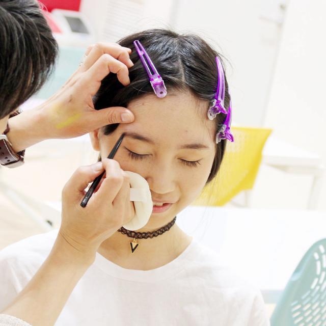 国際ファッションビューティ専門学校 ビューティサロン☆【メイク・ネイル学科】1