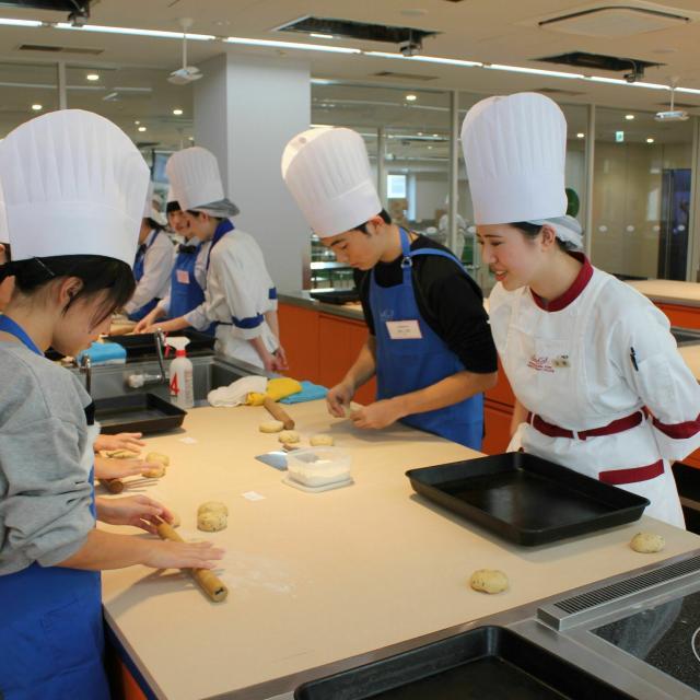 国際フード製菓専門学校 国際フードのオープンキャンパス1