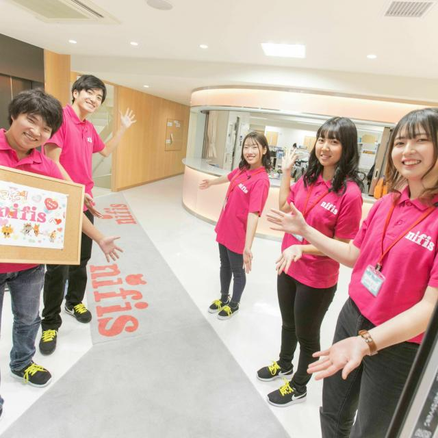 日本こども福祉専門学校 【くすり】今活躍中!現場のプロ特集<インスタ型>1
