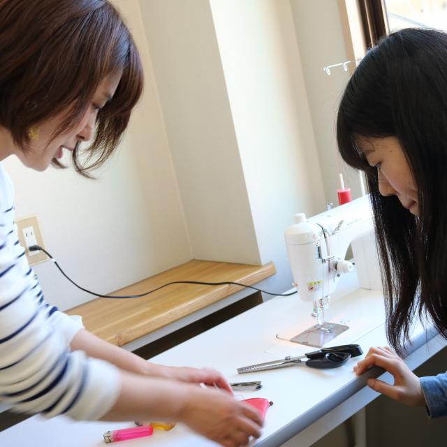 ファッション科【小物デザイナー体験】
