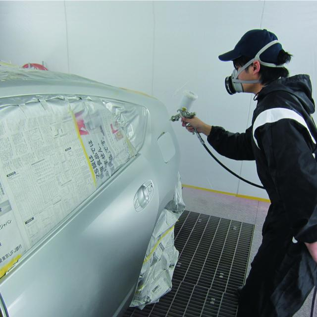 日本工科大学校 【車体整備士】車体工学科1