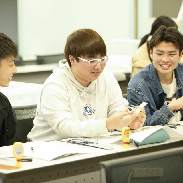 国際理工情報デザイン専門学校 【授業体験会】対象:ITスペシャリスト科4