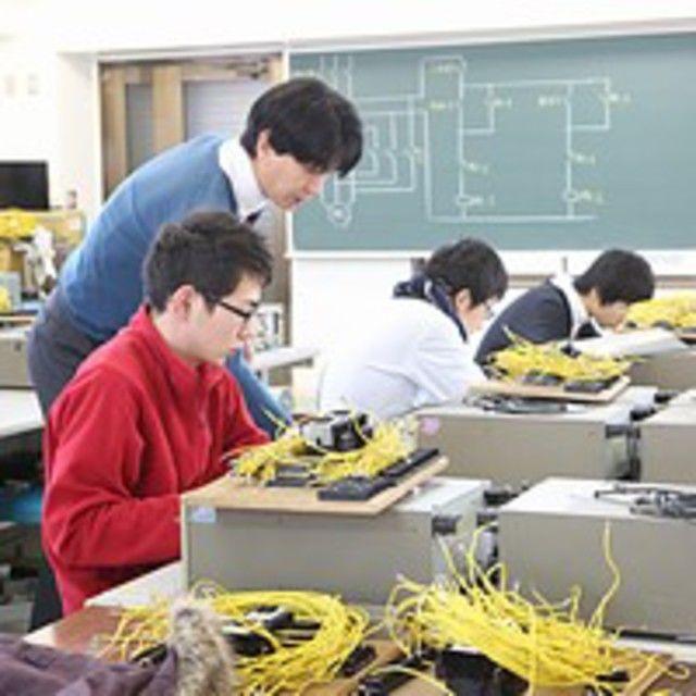 日本理工情報専門学校 電気工学科:夜間2年【第3種電気主任技術者無試験取得コース】1