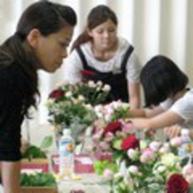 テクノ・ホルティ園芸専門学校 フラワーデザイン実習★和風の花束をつくろう♪2