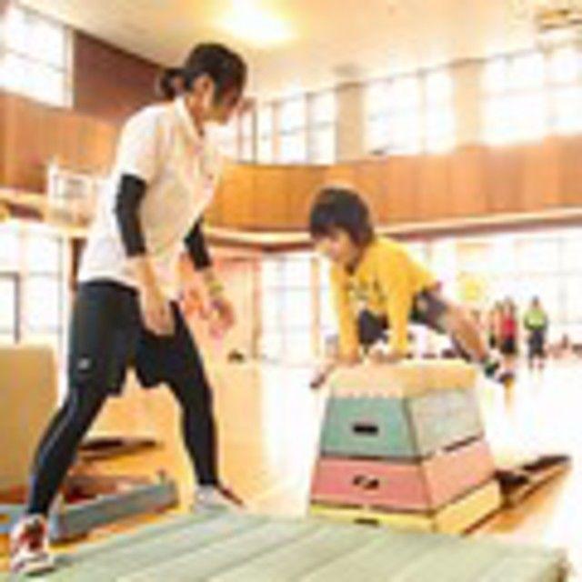 東京YMCA社会体育・保育専門学校 【こどもスポーツ体験】あそびを通して子どもの運動を指導♪1