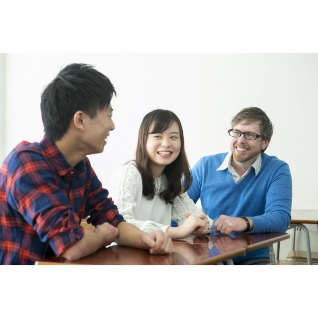 トライデント外国語・ホテル・ブライダル専門学校 体験入学で一つの分野をじっくり学ぼう!1