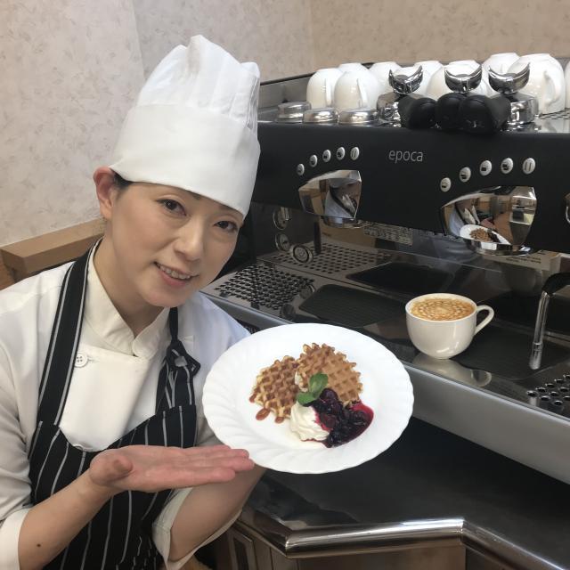 にいがた食育・保育専門学校えぷろん 製菓体験 ベルギーワッフル&キャラメルラテ☆2