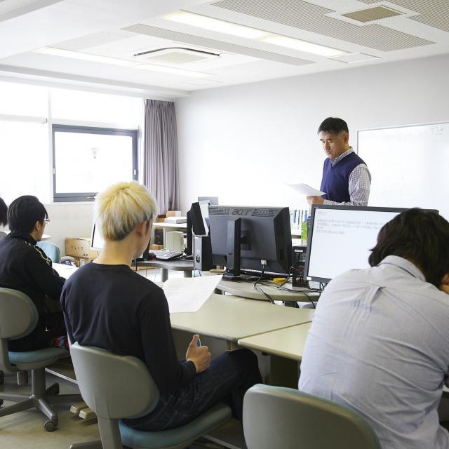 大阪電子専門学校 3月 先輩と初めての制作体験を楽しめるオープンキャンパス2