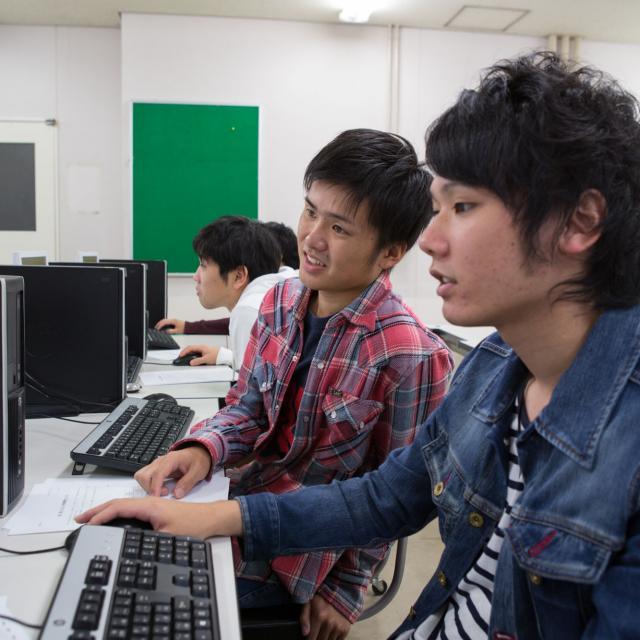 九州電気専門学校 昼の学校説明会4