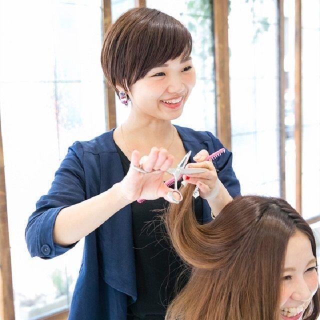 大阪ベルェベルビューティ&ブライダル専門学校 楽しく学べるベルェベルの体験実習!バレンタイン実習もあるよ!2