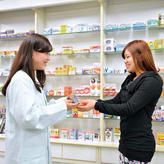 あいちビジネス専門学校 C:ドラッグストア&調剤薬局のおシゴト体験3