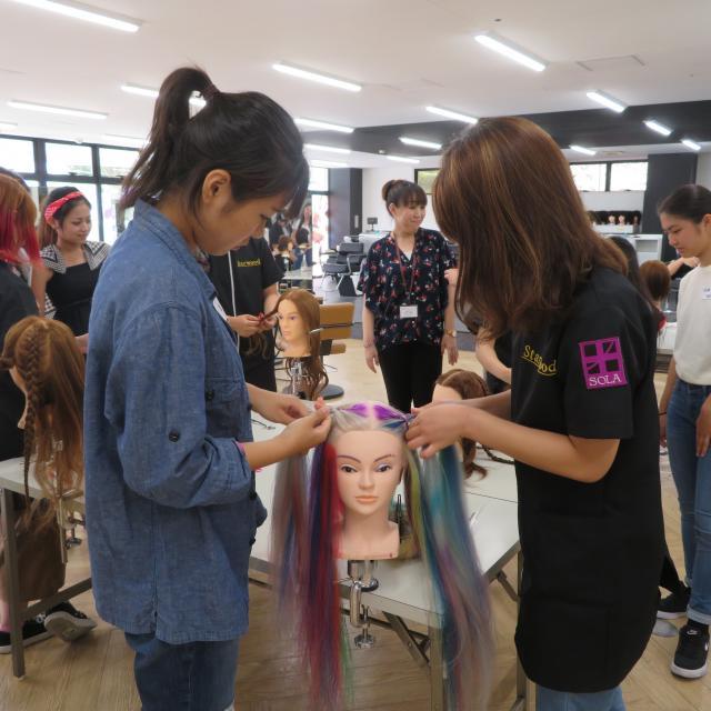 スターウッドBeB美容専門学校 美容師学科3