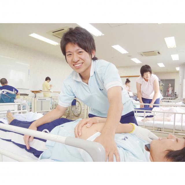 慈恵福祉保育専門学校 【じけいで介護福祉を目指そう!】体験入学会☆1