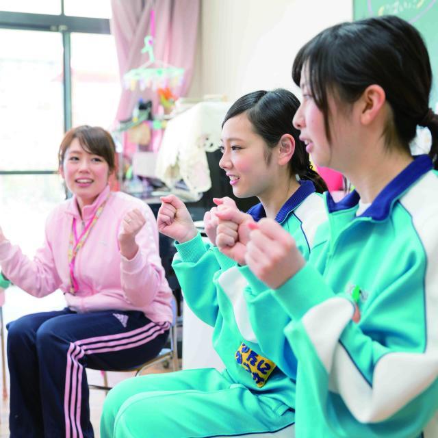 大阪城南女子短期大学 保育・福祉・食・ビジネスが良くわかるオープンキャンパス1