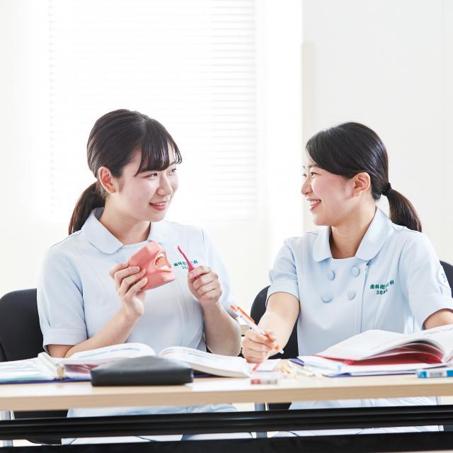 博多メディカル専門学校 3月21日(木・祝)キラキラ♪ワクワク オープンキャンパスDAY2
