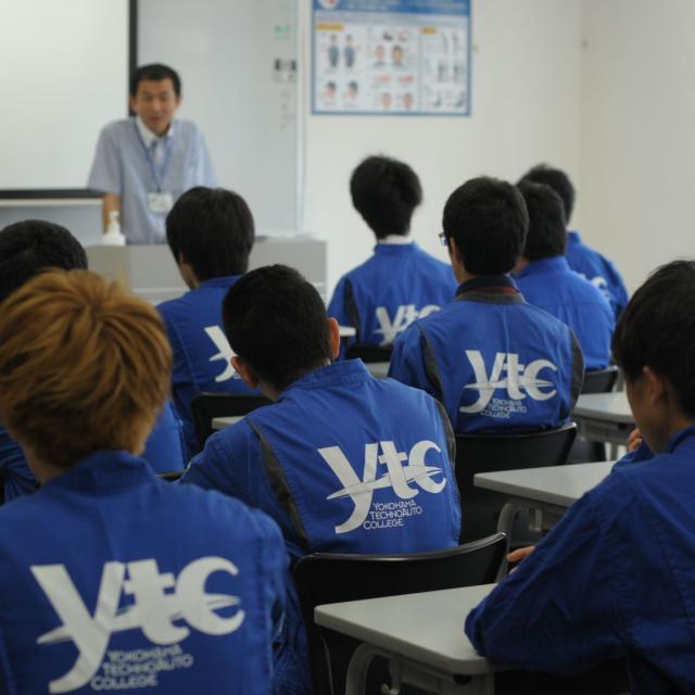 横浜テクノオート専門学校 体験入学1
