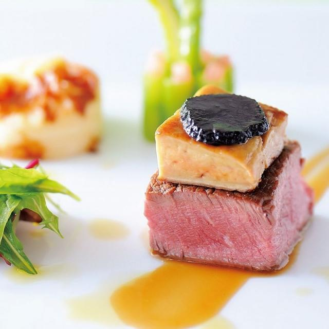 西洋料理「ステーキ」&「季節のデザート」