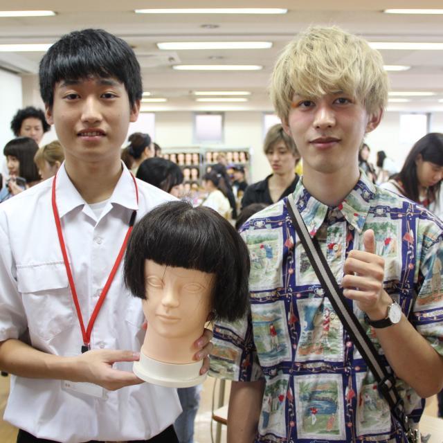 九州美容専門学校 お1人の方も丁寧にフォローする九美のオープンキャンパスです!2