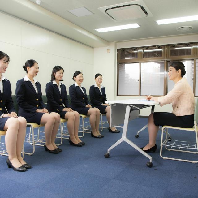 駿台観光&外語ビジネス専門学校 エアラインフェア2