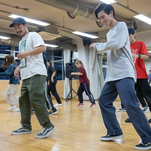 専門学校東京アナウンス学院 ダンスパフォーマンス科の体験入学「ダンスレッスンを体験」1