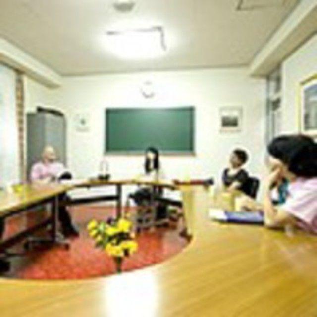布池外語専門学校 英語で話あい、布池外語を知ろう!2
