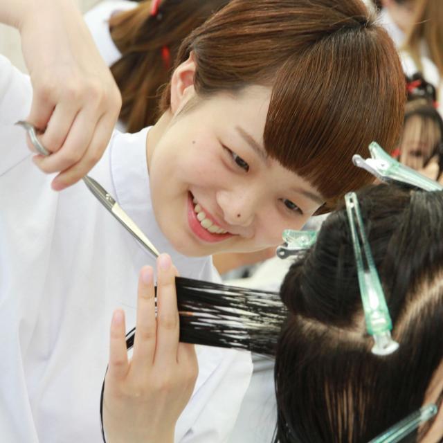 日本美容専門学校 通信科オリエンテーション3