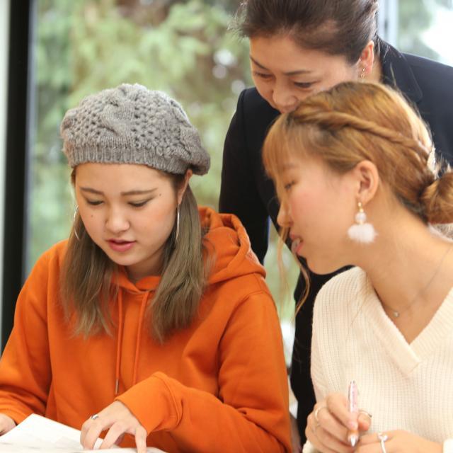 グレッグ外語専門学校新宿校 学校見学【グレッグ新宿校、7月】2