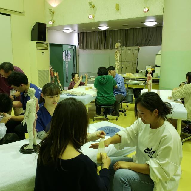 神戸医療福祉専門学校中央校 【鍼灸師】スポーツに関わる医療系国家資格についての相談会1