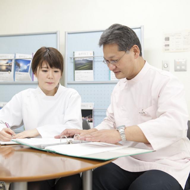 新横浜歯科技工士専門学校 AO入試の説明会1