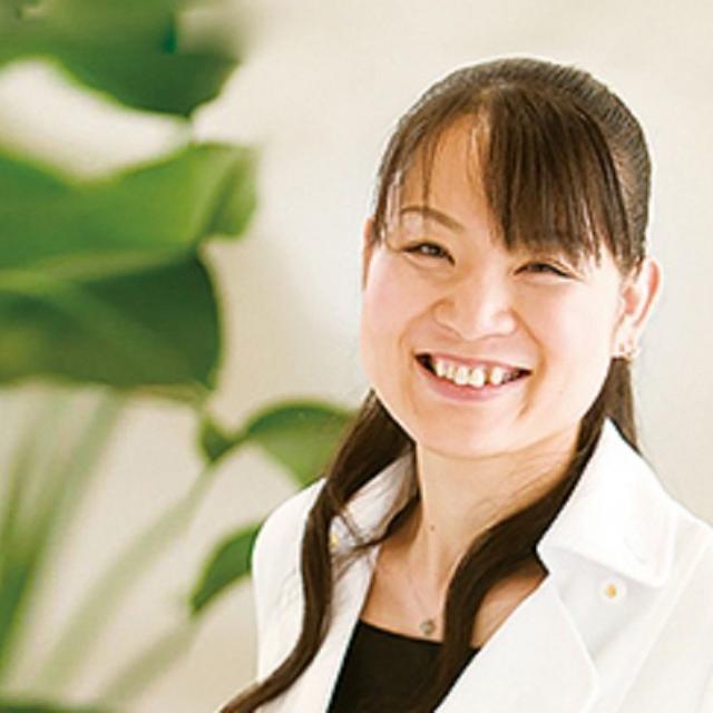日本医学柔整鍼灸専門学校 折橋式美容鍼灸「エステ×美容鍼灸」1